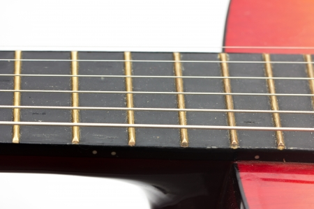 pentagramma musicale: corde su una chitarra. macro