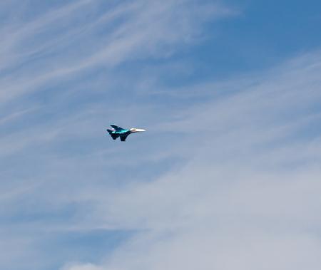 avion de chasse: avion de chasse en vol