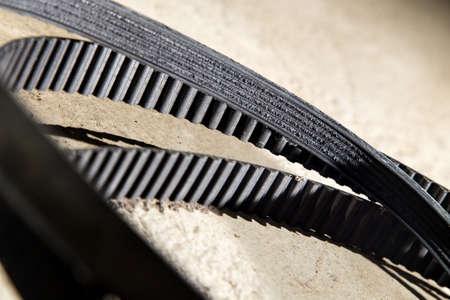 caoutchouc: car belts