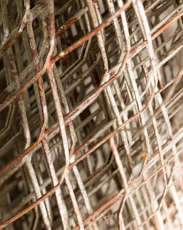 malla metalica: Antecedentes de malla de metal oxidado