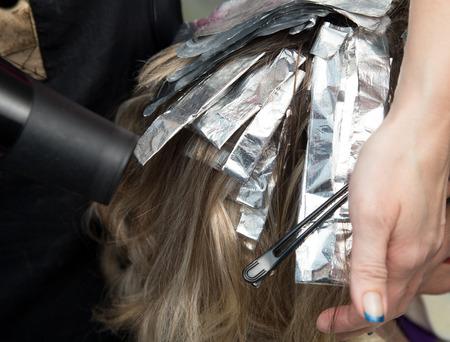 hair colour: hair coloring in the salon