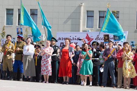 città Shymkent, Kazakistan 9 Maggio 2015: concerto di gala con la partecipazione di attori di teatro, Giorno della Vittoria, in memoria dei soldati della Grande Guerra Patriottica. Giorno della Vittoria celebrazione nella città di Shymkent, Kazakistan 9 maggio 2015