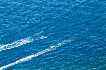 trace: trace from a boat on the surface of the water