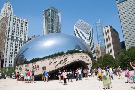 Puerta a las Nubes, El frijol en el Millennium Park, Chicago el 09 de junio 2012 Editorial