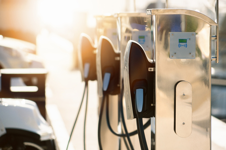 Electric car charging station  by the sea Фото со стока - 122109619