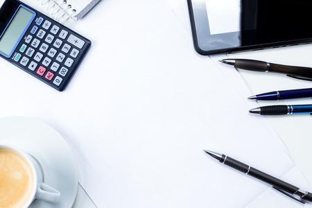 Ufficio, fattura, dichiarazione