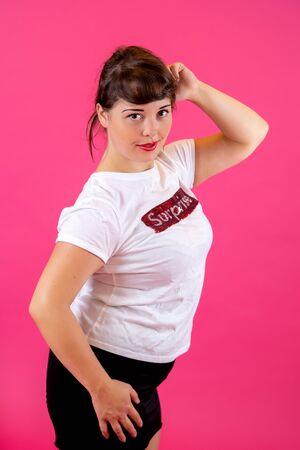 portrait of brunette in white t-shirt Imagens