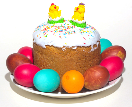 Easter cake and painted eggs