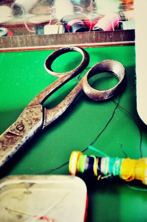 wire pin: scissors and tools Tailor
