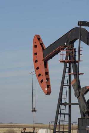 oil well: North Dakota Oil Well