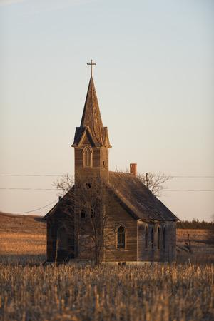 Old Church on the Kansas Prairie 写真素材 - 97647068
