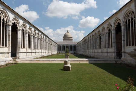 camposanto: Monumental Cemetery - Camposanto Monumentale in Pisa Editorial