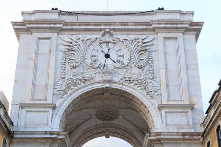 augusta: Arco de Rua Augusta parte trasera primer plano en Lisboa