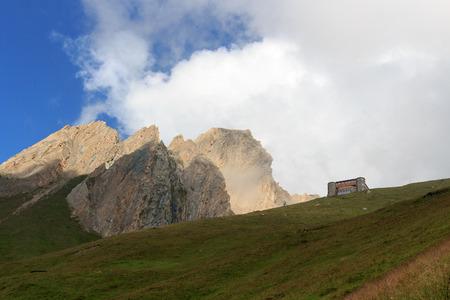 alpine hut: Alpine hut Sajathutte and mountain Rote Saule in the Alps, Austria Stock Photo
