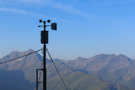 tauern: Weather station and mountain panorama in Hohe Tauern Alps, Austria