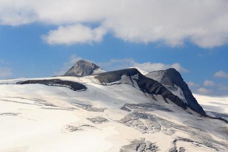 crack climbing: Venedigergruppe - Mountain Rainerhorn, Grossvenediger and Schwarze Wand in Hohe Tauern Alps, Austria