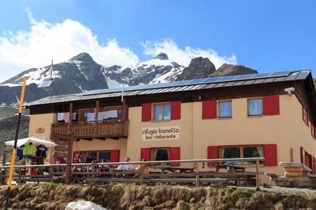 gavia: Alpine hut Rifugio Bonetta at gavia pass and mountain Monte Gavia, Italy