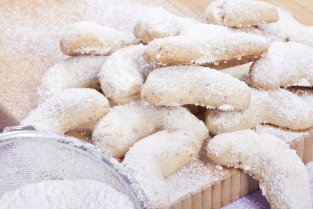 tart: sweet sand tarts christmas cookies with powdered sugar Stock Photo