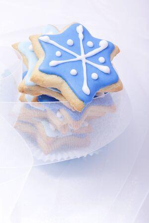 galletas de navidad: Galletas de Navidad, galletas de navidad, hornada navidad, panadería, estrellas azules, Foto de archivo