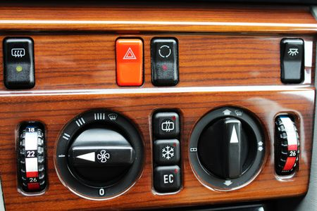 mercedes: Old Mercedes climate control