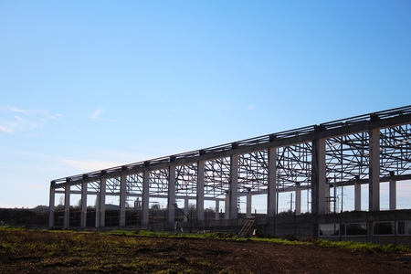 prefabricated building: Construction framing