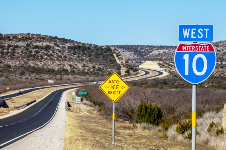 road marking: Interstate 10 West in Texas