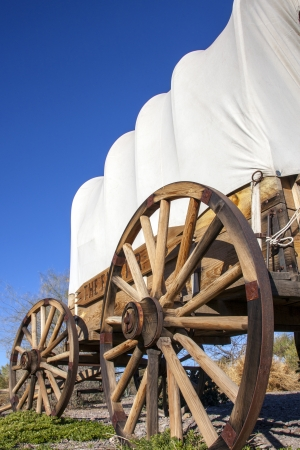 covered wagon: Covered wagon in USA