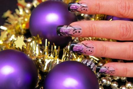 nailart: Nailart with purple christmas baubles