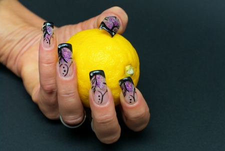 nailart: nailart with lemon