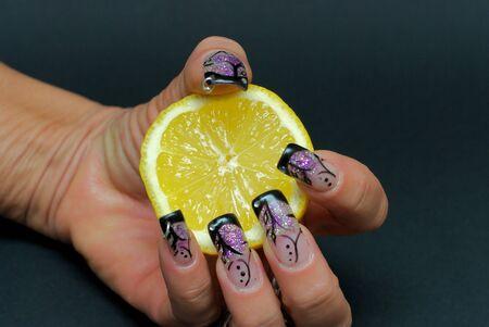nailart: Nailart with a half lemon