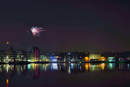 Phoenix-See mit Feuerwerk