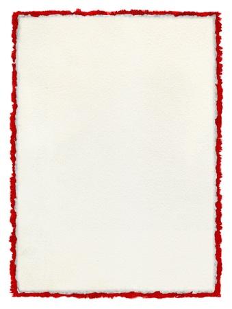 Een wit papier achtergrond met deckled randen over een deckled rode aquarel grens. Stockfoto - 10032647