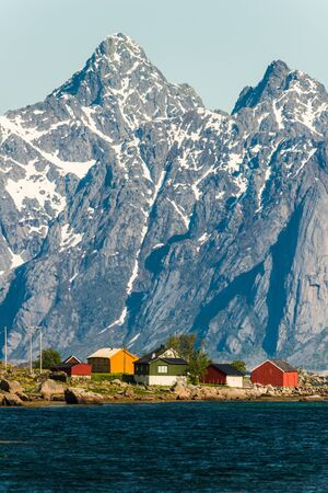 chellange: small town in Lapland withsea and montains