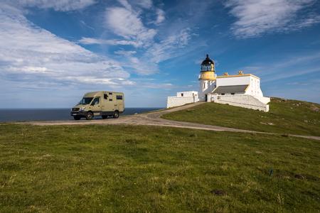 Juli 2018, Lochinver, Sutherland, Highlands, Scotland, Motorhome at Stoer Lighthouse
