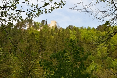 Great Fatra - Gader valley: View of Blatnica Castle in Turiec Basin. Imagens