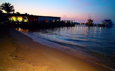 Sunset over Red Sea at Hurghada. Attractive holiday in Egypt. Imagens