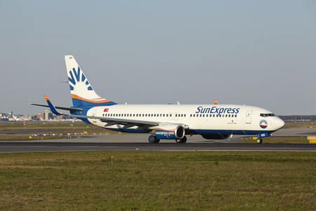 boeing: A Boeing 737-800 of SunExpress takes off at Frankfurt International Airport (Germany, FRA) on April 18, 2015.