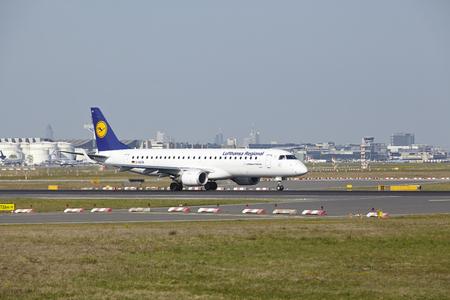 regional: A jet aircraft named Meissen of Lufthansa Regional takes off at Frankfurt International Airport (Germany, FRA) on April 23, 2015.