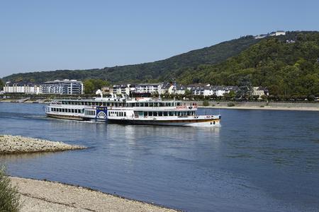 wheeler: The paddle wheeler Goethe of the Koeln-Duesseldorfer Rheinschifffahrt sails near Koenigswinter on the river Rhine.
