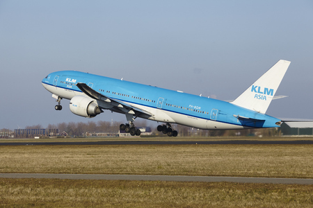 klm: The KLM Boeing 777-206(ER) (KLM Asia Livery) with identification PH-BQM takes off at Amsterdam Airport Schiphol (The Netherlands, AMS), Polderbaan on March 13, 2016.