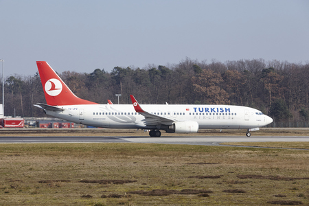 boeing: The Turkish AIrlines Boeing 737-8F2 with identification TC-JFV takes off at Frankfurt International Airport (Germany, FRA) on March 18, 2016.