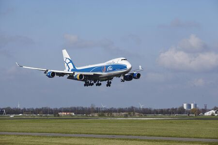 boeing 747: The AirBridge Cargo Boeing 747-4KZF(SCD) with identification VQ-BHE lands at Amsterdam Airport Schiphol (The Netherlands, AMS), Polderbaan on April 8, 2016.
