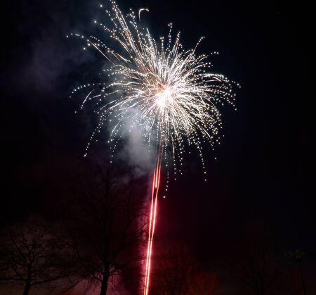 jahreswechsel: Feuerwerke, eine Erfindung der Menschheit