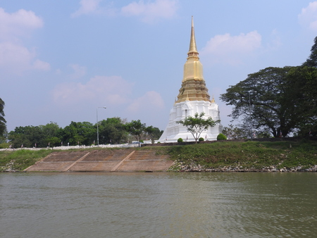 Ayutthaya former capital of the Kingdom of Siam Standard-Bild - 97347948