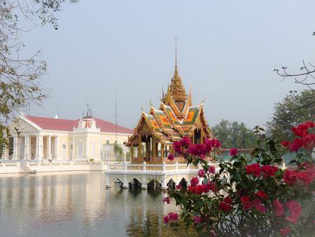 Royal Summer Palace Bang Pa In Standard-Bild - 105179625