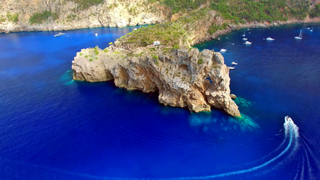 Mallorca (Majorca) is one of Spain's Balearic Islands in the Mediterranean. 스톡 콘텐츠