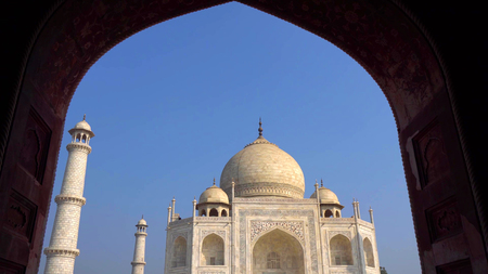 The Taj Mahal is an ivory-white marble mausoleum on the south bank of the Yamuna river in the Indian city of Agra, Uttar Pradesh. Stok Fotoğraf