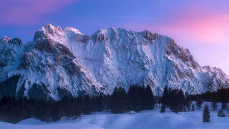 Wetterstein Mountains in winter, close Garmisch, Upper Bavaria, Bavaria, Germany Stock fotó - 130116106