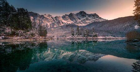 Wetterstein Mountains in winter, close Garmisch, Upper Bavaria, Bavaria, Germany Stock fotó - 130116449