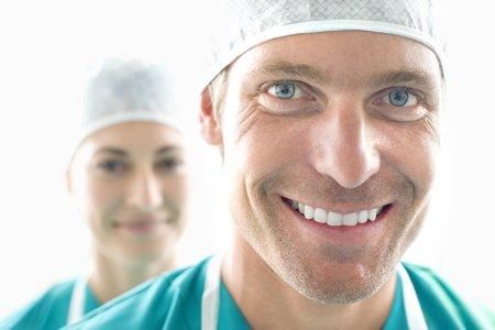 Surgical team LANG_EVOIMAGES